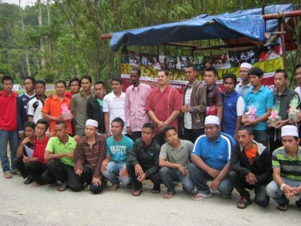 Pelajar lelaki Tahun 1 (2012/2013) - Pengajian Akidah Dan Agama